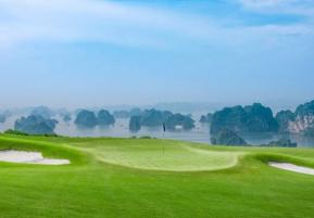 Tình trạng sân golf gần Hà Nội